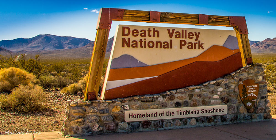 Death-Valley-NP-sign